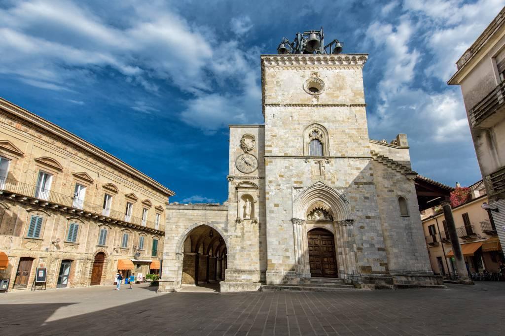piazza-santa-maria-maggiore-01-1024.jpg